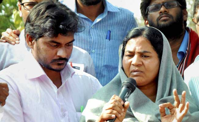 rohith-vemulas-father-asks-why-did-pm-modi-not-speak-for-5-days