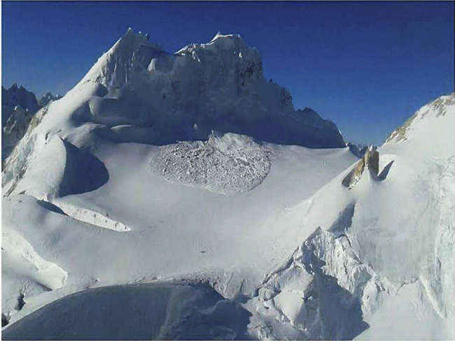 siachen-avalanche-indian-army-10-jawans-buried-pm-narendra-modi-salutes-martyrs