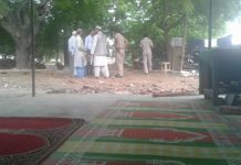 dda-demolished-walls-of-mosque-and-sufi-dargah-in-tikona-park-qabristan